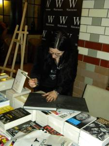 Natasha Scharf signs my copy of The Art Of Gothic